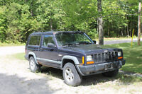 1998 Jeep Cherokee SUV, 4x4 - 2 sets of winter/summer tires