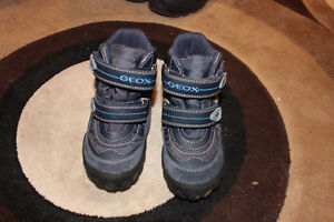 Boys GEOX winter boots London Ontario image 1