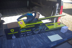 Cordless Hedge Trimmer
