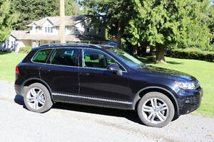 2011 Volkswagen Touareg Execline SUV, Crossover