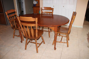 Maple Dining Room Suite for Sale