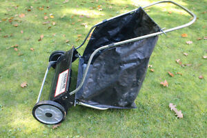 leaf sweeper new condition West Island Greater Montréal image 1