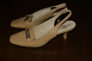 GEOX Respira Beige leather sling backs
