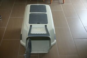 Pet Carrier, Large FOR SALE $75