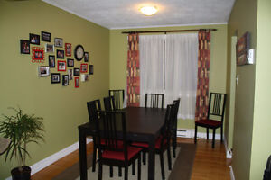 House for Rent in St. John's, Top-Level 2 Bed 1 Bath