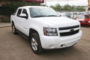 2009 Chevrolet Avalanche 1500 LT 4X4,pwr seat, back-up cam, allo