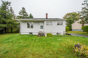 *JUST LISTED* 670 HERRING COVE ROAD - 3 BEDROOM BUNGALOW