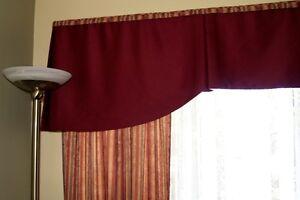 Rideaux pour fenêtre 13'  ( pieds )