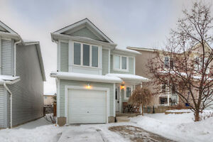 Amazing Detached 3+1 Bedroom in Colonial Acres - Must See!