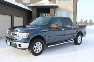 2014 FORD F-150 XTR SUPERCREW!  LOW KMS!  NEW TIRES!