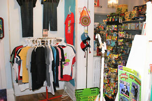 Planet of Stuff Vintage Collectibles - OPEN TODAY til 6 Peterborough Peterborough Area image 5