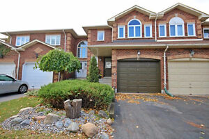Freehold In The Heart Of Stouffville Spectacular Location