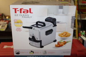 T Fal EZ Clean Family Deep Fryer Hardly used