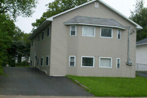 4Bed duplex on Beaverbrook St for rent close to Head Hall UNB