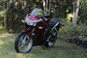 2011 CBR 250R with ABS Prince George British Columbia image 2