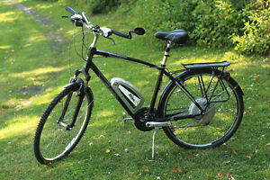Used e-bike, very good condition, by dealer