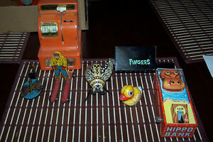 vintage tin collectables see pictures