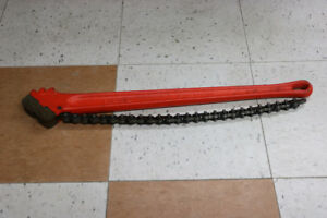 **TOUGH** 4-1/2 in. Pipe Capacity Heavy-Duty Chain Wrench - 189