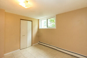 AVAILABLE NOW! HEAT AND WATER INCLUDED! SPACIOUS!!GREAT LOCATION Kitchener / Waterloo Kitchener Area image 10