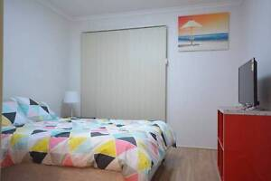 Comfortable Bedroom with private Bathroom in Sunnybank Hills Sunnybank Hills Brisbane South West Preview