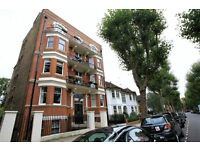 2 bedroom flat in Biddulph Road, London, W91