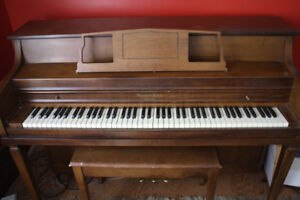 Mason & Rich Imperial piano