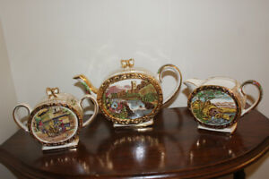 Sadler Tea Set - Tea Pot, Cream and Sugar