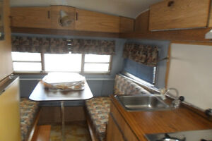 TRAVEL TRAILER THOMSON