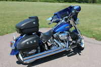 Harley Davidson Softail Deluxe Lady driven