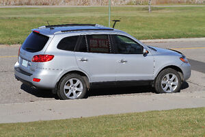 Price Reduced!!$9,000 · 2007 Hyundai Santa Fe SUV, AWD, Low KMs
