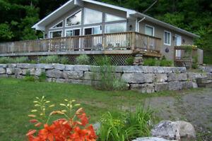 Haliburton Cottage 4 bedrooms 3 baths Free Watercraft