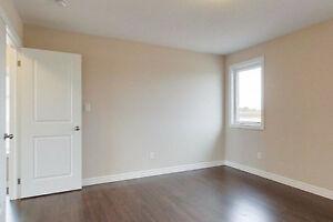 ROOM FOR RENT in a newly built house and quiet Neighborhood!