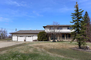 28083 Park Road, Springfield - Listed By Connie Levesque