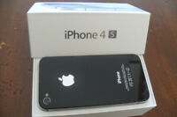 Apple iPhone 4s - 32 Gig unlocked