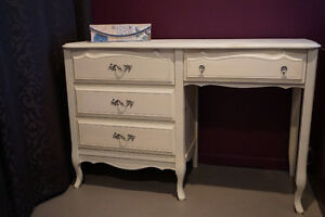 Elegant French Provincial Desk / Bureau