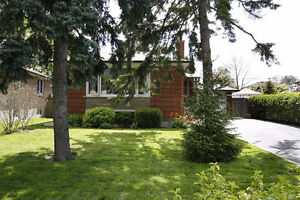 2 Bed in Detached Bungalow near UTM Erindale, Mississauga