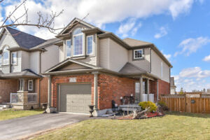 GREAT HOME WITH FINISHED WAK-OUT BASEMENT MINUTES FROM GUELPH