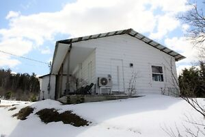 Home or cottage for sale in Elgin