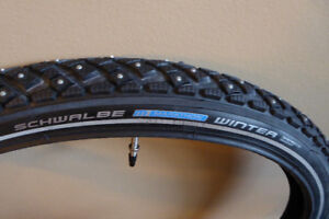 Bicycle studded tire 26x2.00