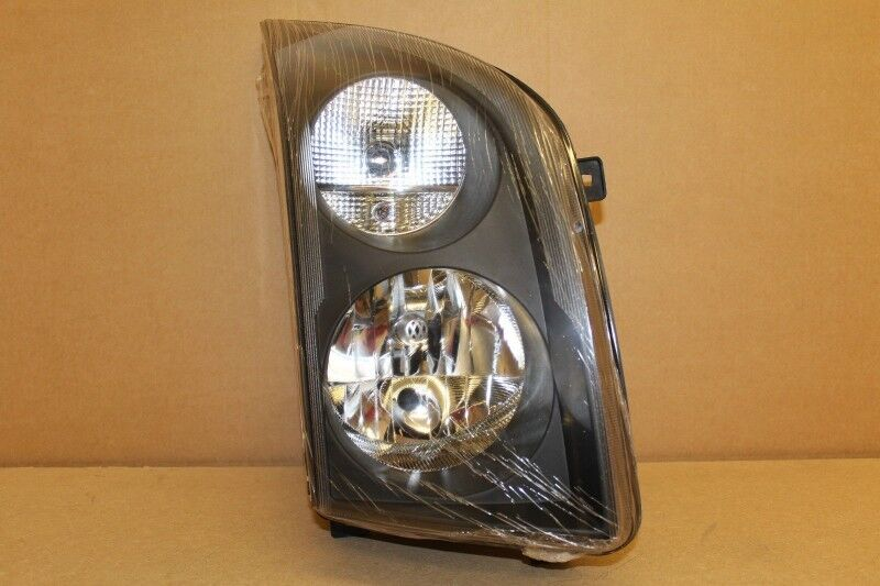 VW CRAFTER 35  BRAND NEW  HEADLIGHTS FOR SALE -R1795 each