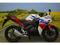 Honda CBR125 R 2015**DIGITAL DISPLAY, PILLION GRAB RAIL, LOW MILES, CBT LEGAL**