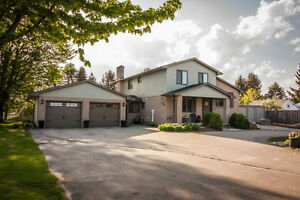 SOLD Renovated country home $439,000! Open House Sat & Sun 2-4