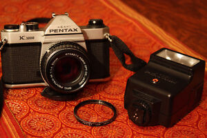 Pentax K1000 with Pentax-M 50mm f1.4 and Flash