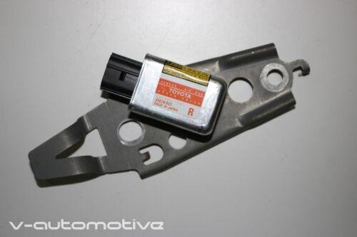 2007 LEXUS GS 450H / REAR R-SIDE IMPACT CRASH SENSOR 89860-30130