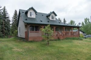 House on 4.63 acres close to Spruce Grove