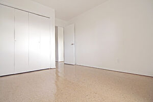*ALL UTILITIES INCLUDED* Renovated TOP FLOOR 1 Bedroom Apartment