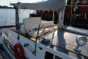 1975 Fales Navigator Motorsailer UPDATED/UPGRADED Kingston Kingston Area image 3