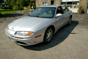 2001 Oldsmobile Aurora, $800.00/ trade on 4 wheeler/snowmobile/