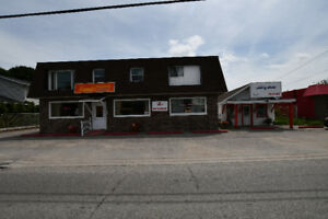 GREAT LOCATION TO HAVE A BUSINESS! 65 Lindsay St - Fenelon Falls