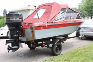 Remorque bateau (1450.00$) + bateau inclus